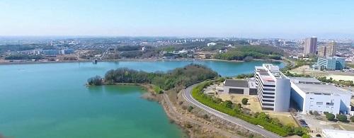 愛知池の風景